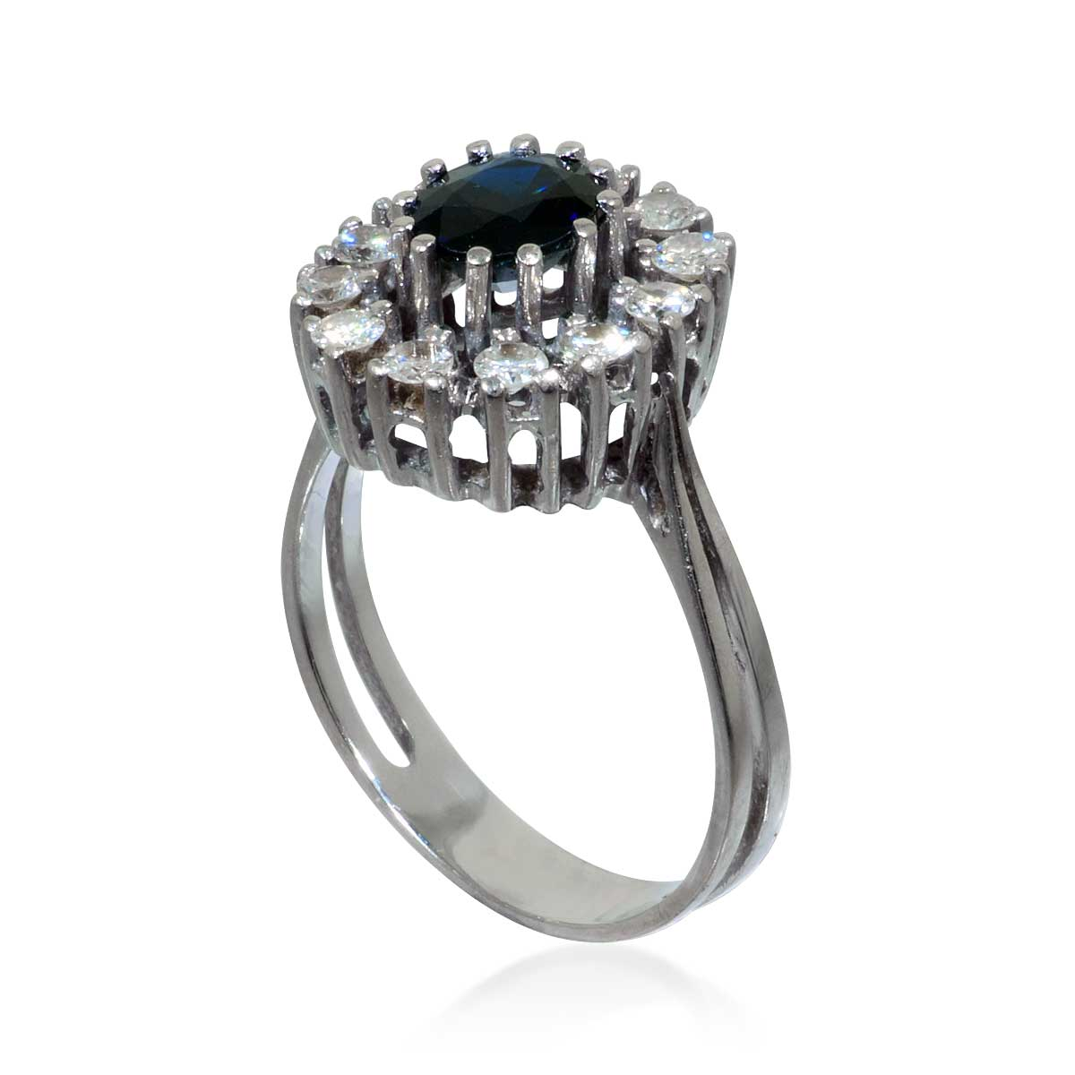 diamant ring mit einem aquamarin rund facettiert in weissgold schmuck. Black Bedroom Furniture Sets. Home Design Ideas
