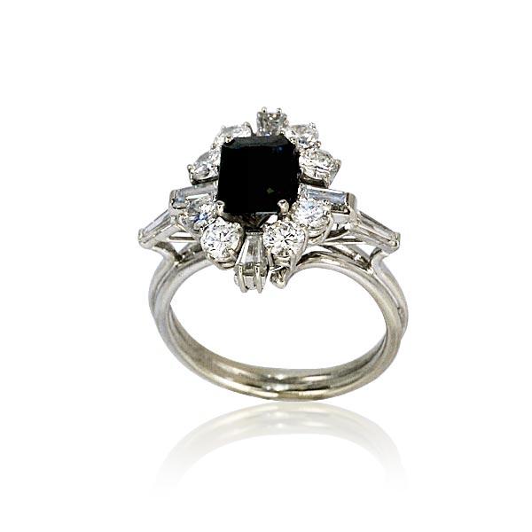 saphir diamant weissgoldring mit rechteckigem saphir 1 723ct und 1 701ct diamanten schmuck. Black Bedroom Furniture Sets. Home Design Ideas